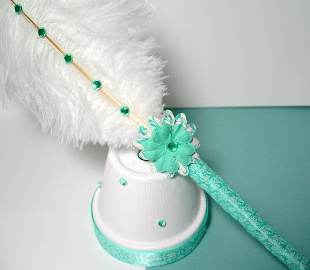 Ostrich Feather Pen & Stand - Aqua Green and White Damask
